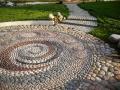 Дорожки из природного камня