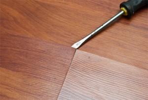 скрип напольного покрытия