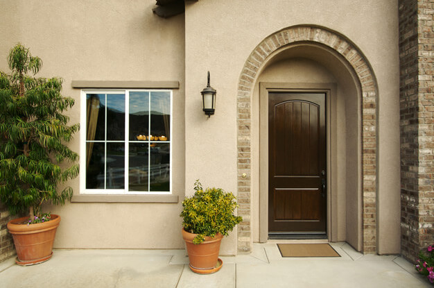 Входные двери и их конструкции