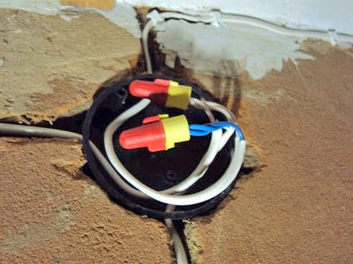 Электропроводка в подвале