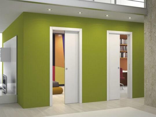Межкомнатная дверь–пенал