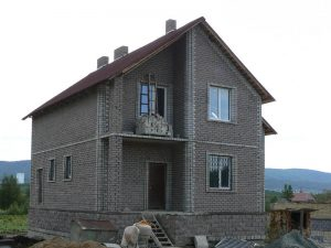 дом из керамзитобетонных блоков