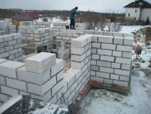 зима Строительство кирпичных домов