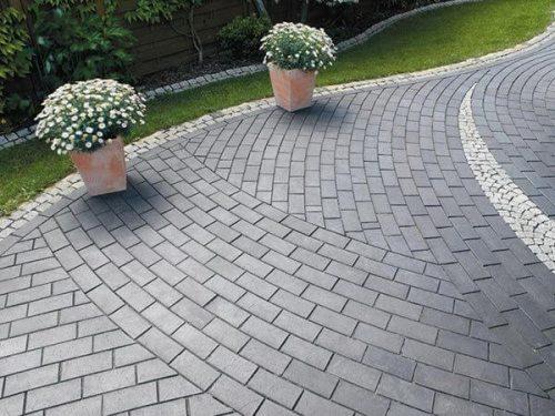 Выбор тротуарной плитки для загородного дома