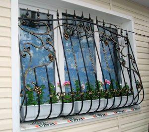 кованые решетки на окна 2018