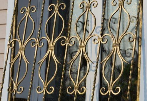 металлические решетки на окна 2