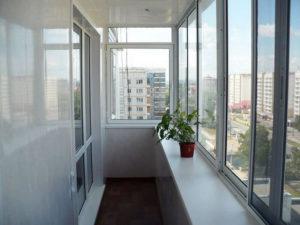 Остекление балкона алюминиевыми окнами 2019