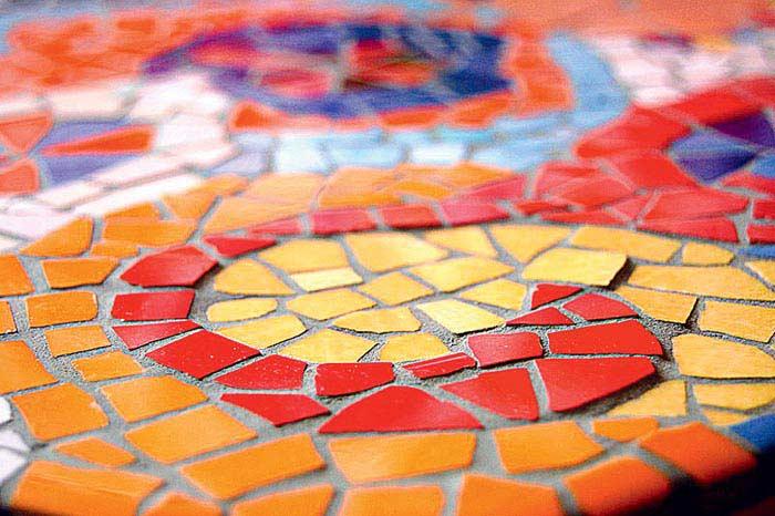 способом картинки для мозаики из битой плитки это